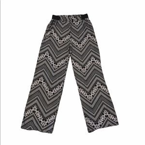 Chances R SMALL Palazzo Pants Black & White